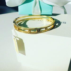 Women's bracelet gold